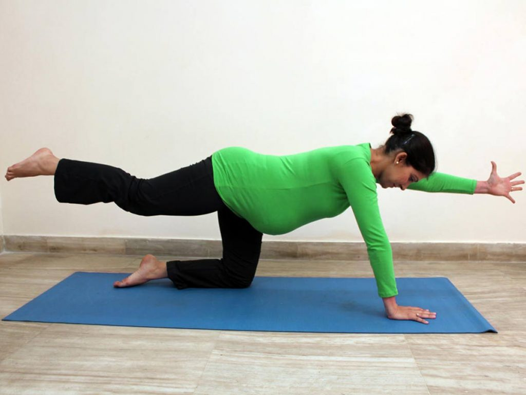 کاهش کمردرد در بارداری با ورزش