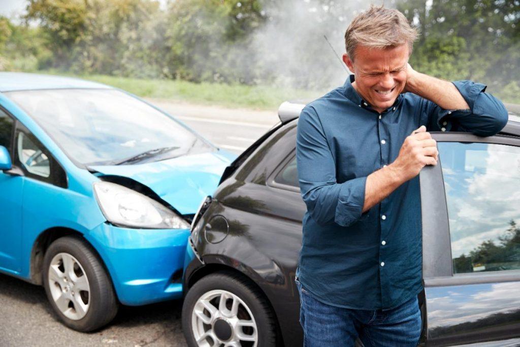 آسیب گردن در تصادف رانندگی