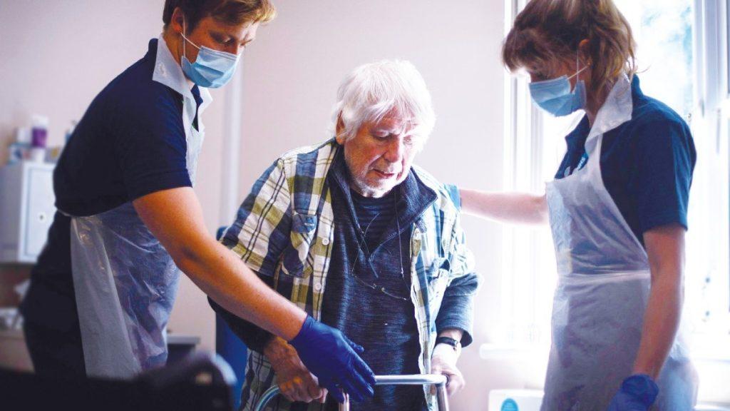 فیزیوتراپی در منزل بیماران مبتلا به کرونا