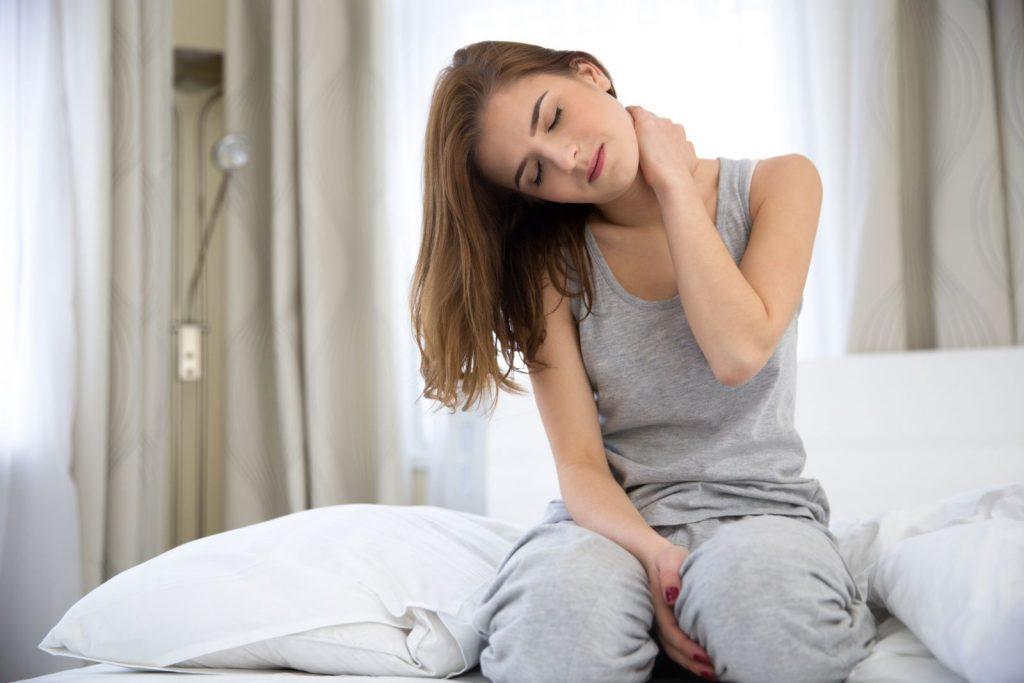 علت گردن درد بعد از خواب