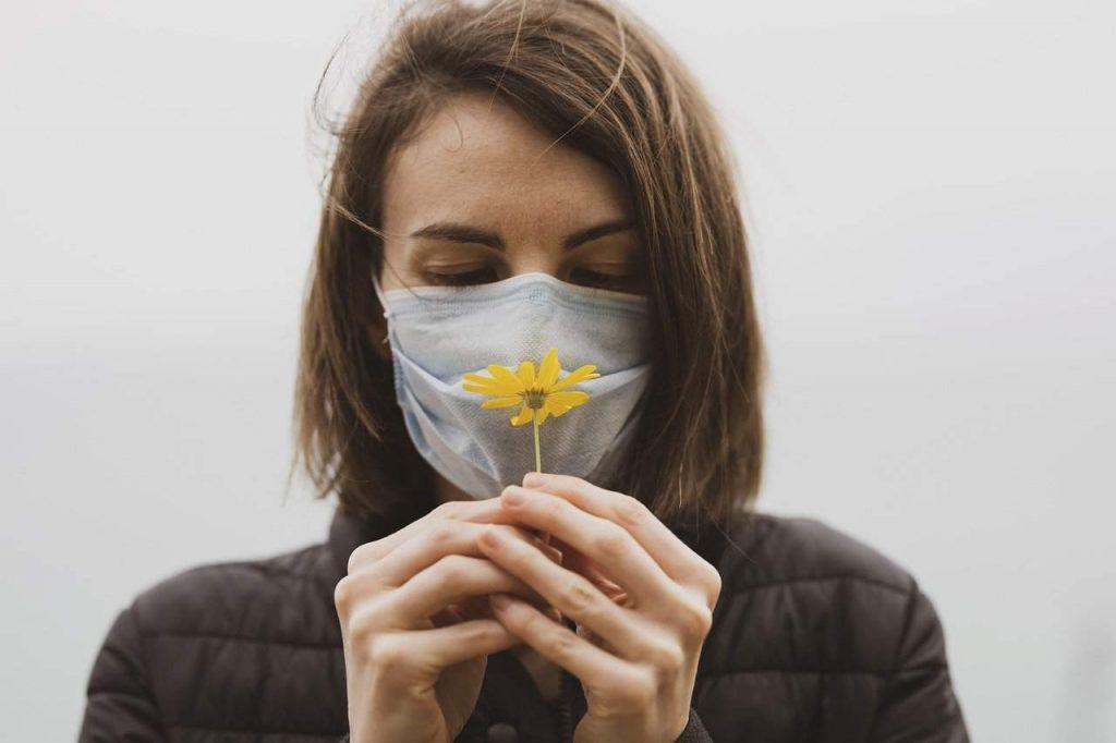 بو درمانی برای بیماران کووید ۱۹
