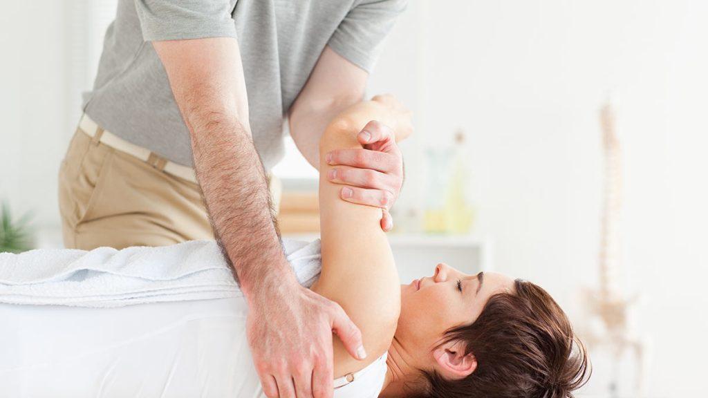 فیزیوتراپی بیماران سرطانی در منزل
